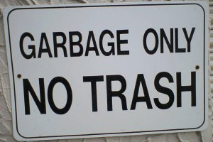funny-store-signs-garbage-only-no-trash